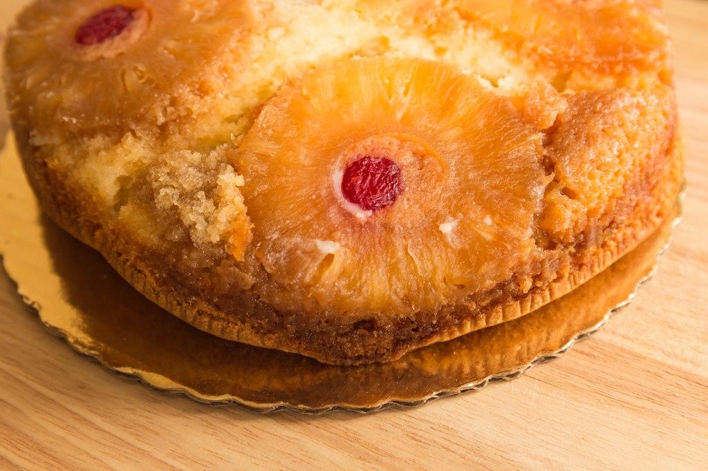 Pineaple upside down cake