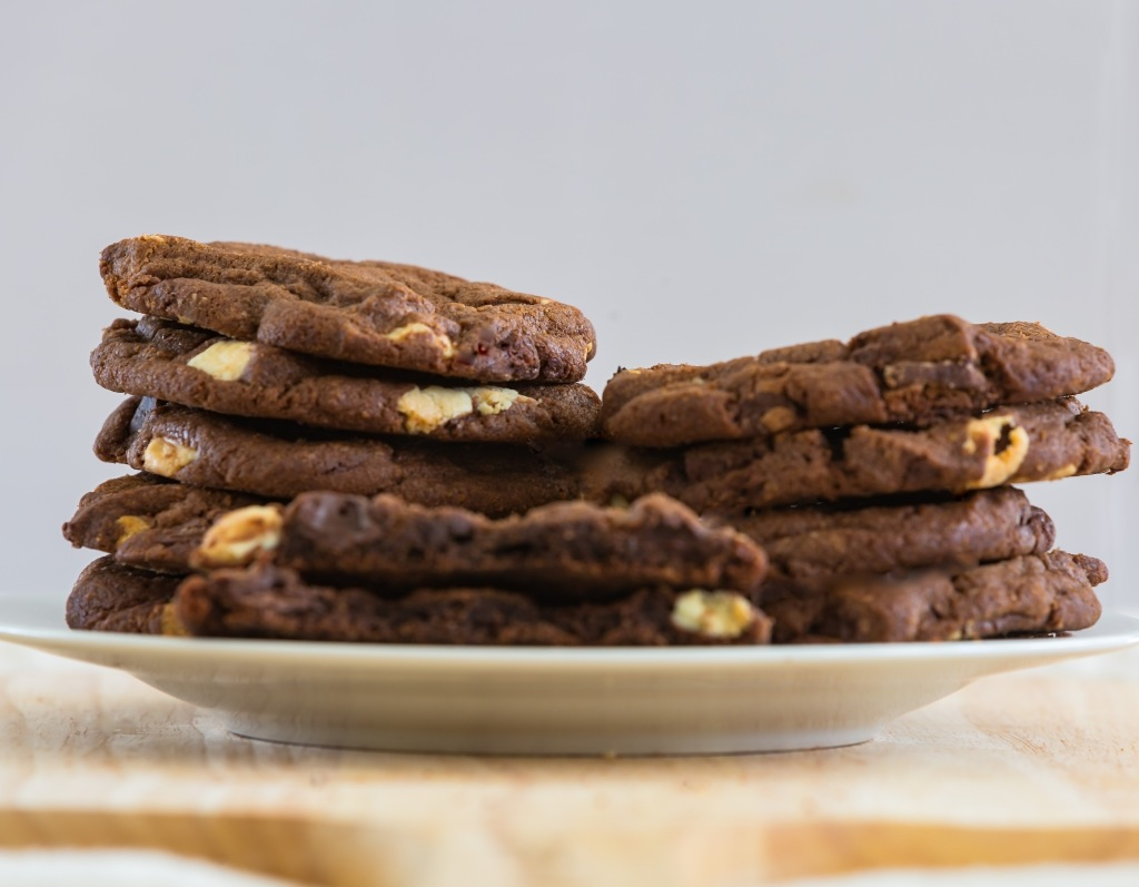 Natural chocolate cookies