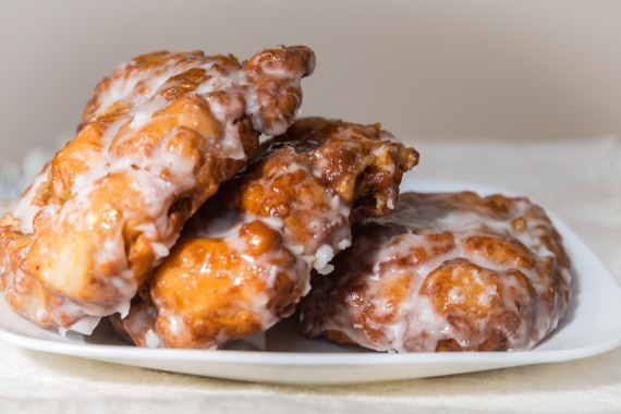 Yummy apple fritters
