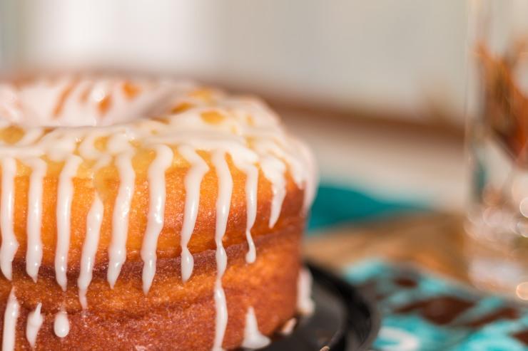 Miss Lou lemon creme cake-02