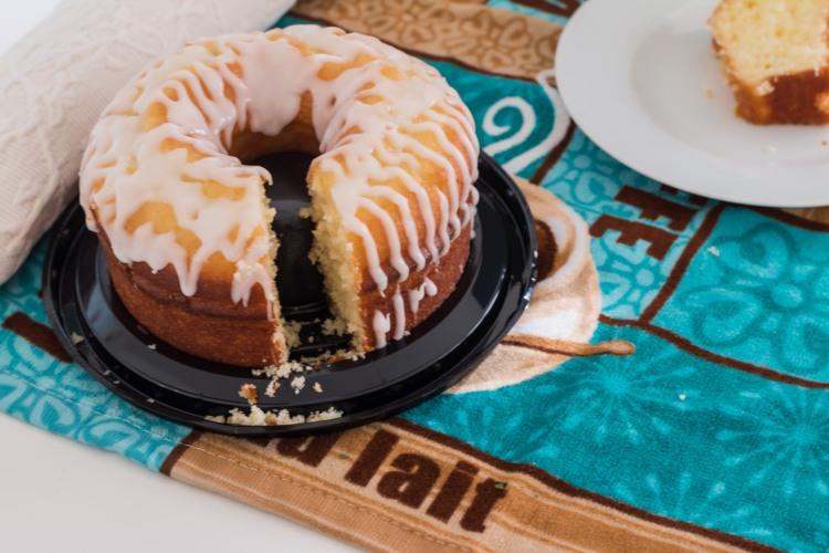 Miss Lou lemon creme cake-03-2