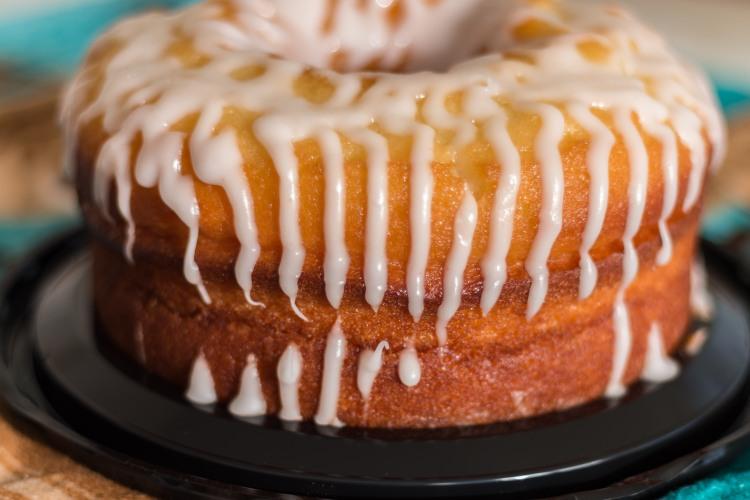 Miss Lou lemon creme cake-03