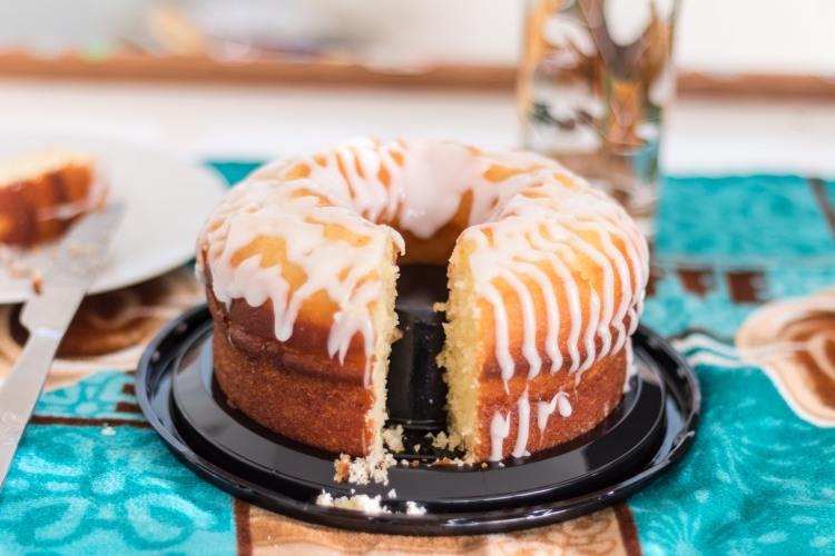 Miss Lou lemon creme cake-04