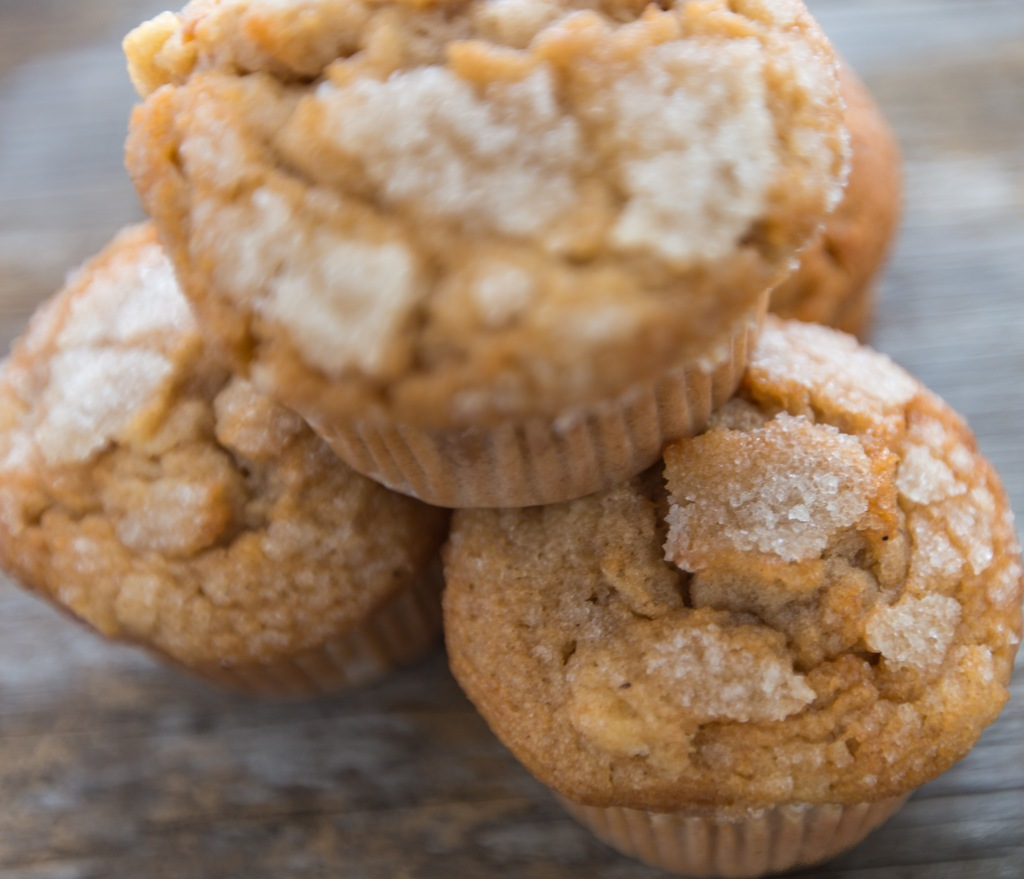 Apple spice muffins