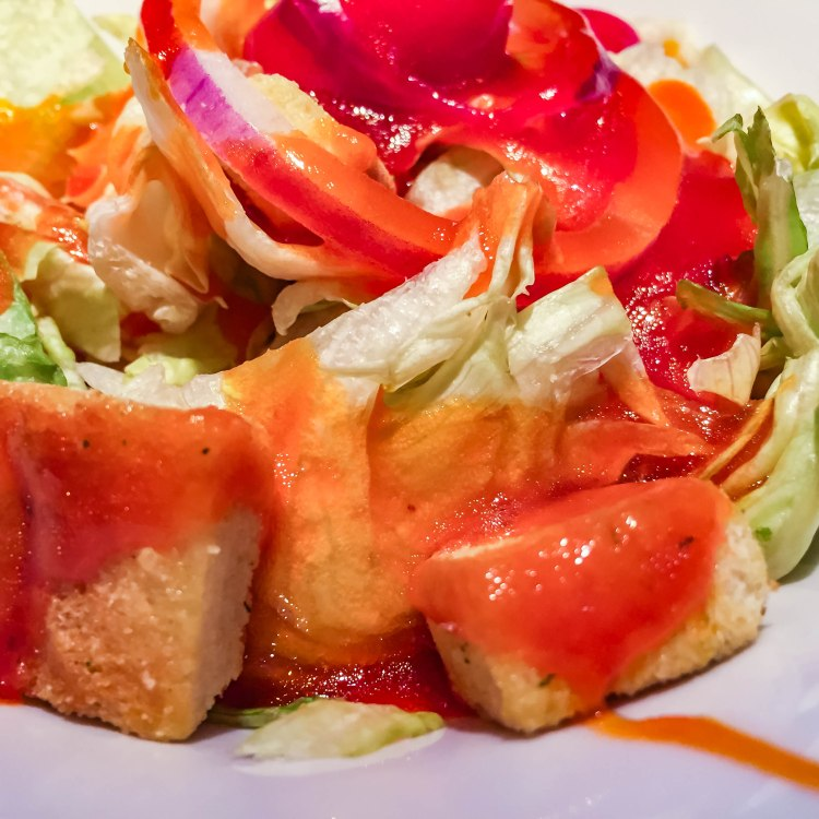 Garden salad/French dressing