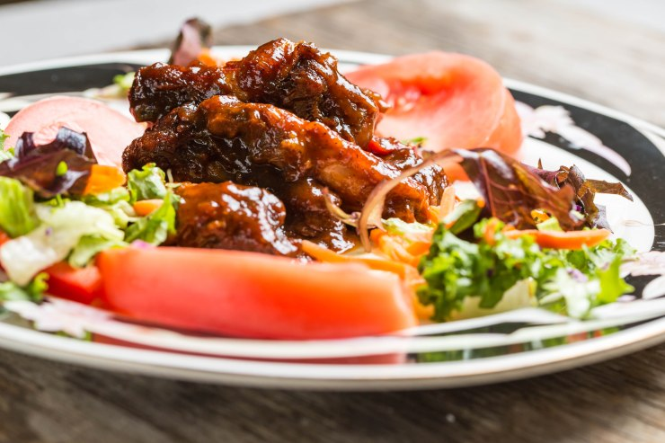 Barbecued wings-and-thighs