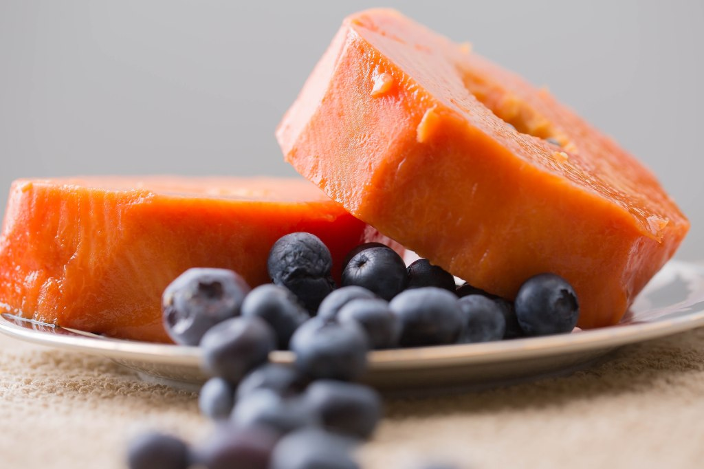 blueberries-accented-papaya-slices-1