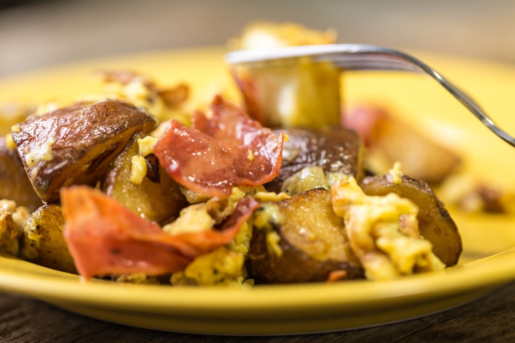 potato-bacon-and-egg-scramble-1