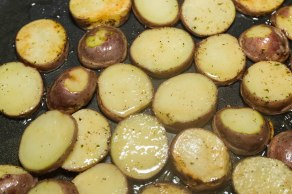 scrambled-eggs-and-potatoes-1-2