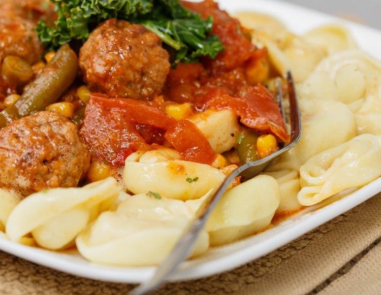 turkey-meat-balls-and-cheese-tortellini