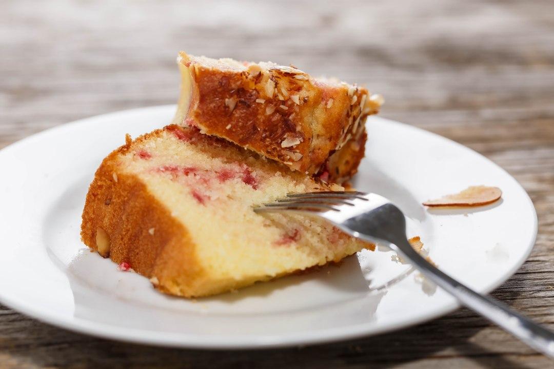 Yummy almond pudding cake