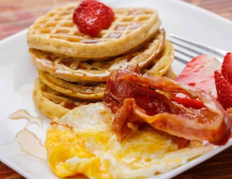 waffle-bacon-egg