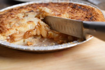Momemade apple pie-a-1