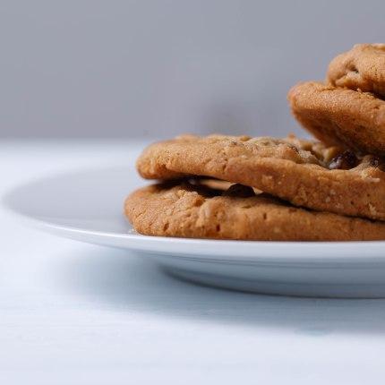 Oatmeal raisin cookies-1-2