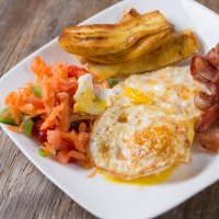 Bacon and Eggs with Veggies and Plantains