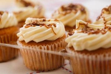 Pumpkin spice cupcakes-3