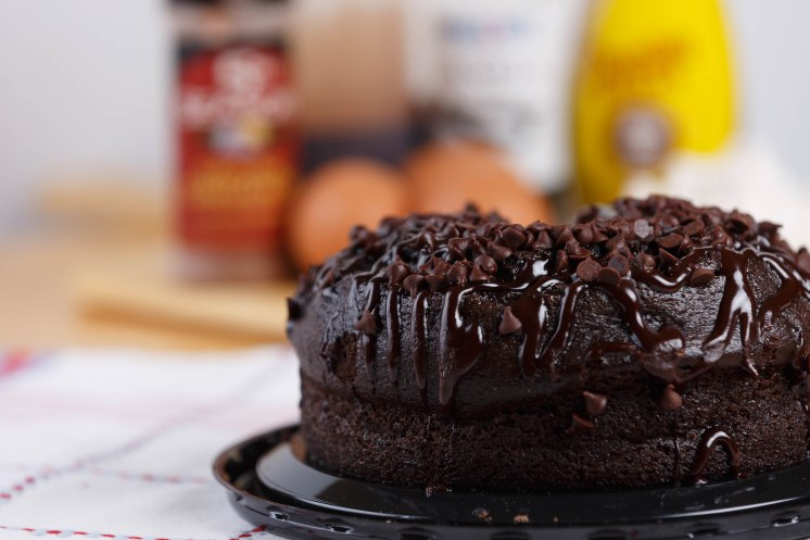 Chocolate creme cake111