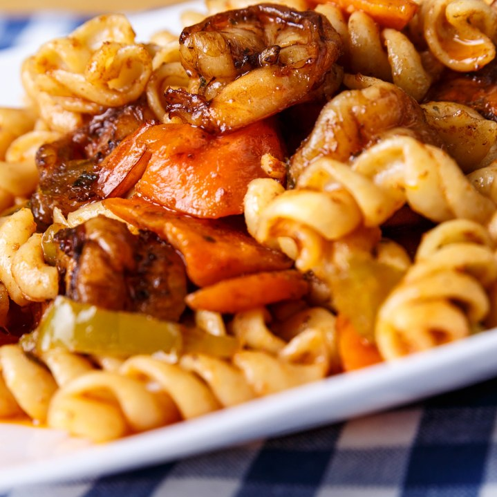 Jerk shrimp and pasta1