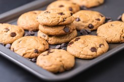Chocolate chips peanut butter cookies-3