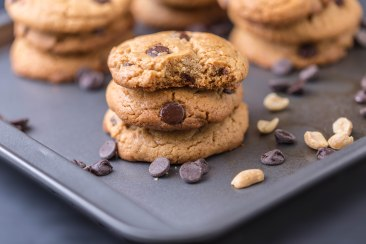 Chocolate chips peanut butter cookies-5