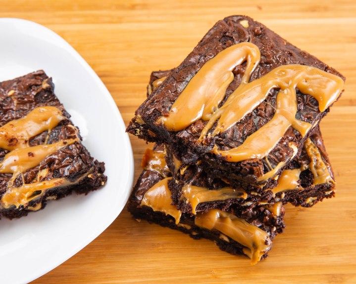 caramel walnuts brownies-2