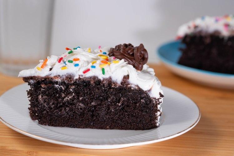 Dark Chocolate Cake-4