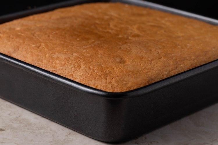 French vanilla cake (1 of 1)-5