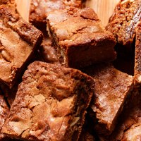 Old fashioned brownie squares
