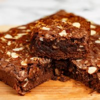 Fudgy brownie with coconut and almond